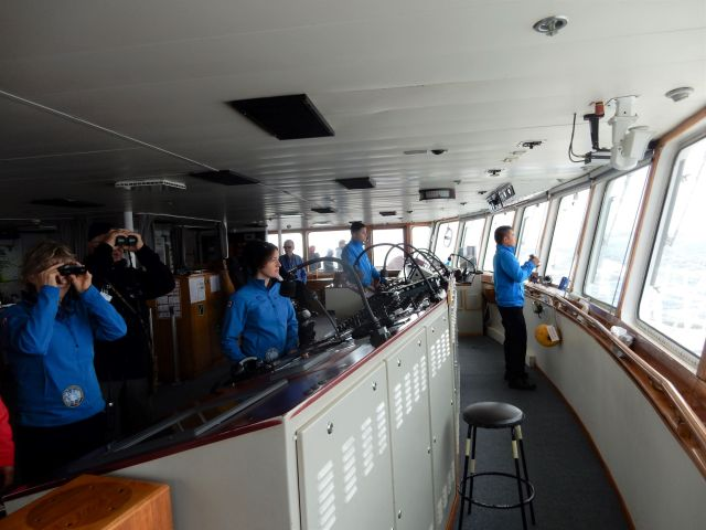 The crew on the bridge, approaching Puerto Madryn